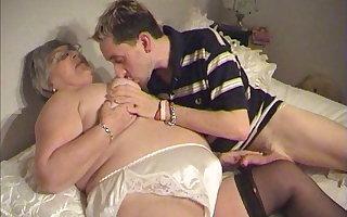 80 savoir vivre old Grandma Libby seduces young boy