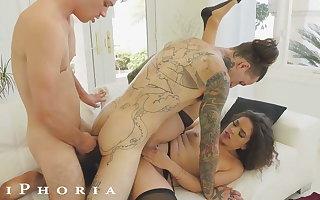 BiPhoria - Wife Keep on tenterhooks Husband With Male Darling