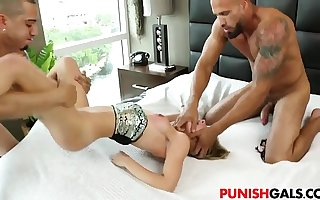 Brat Sydney Cole gets DP destroyed