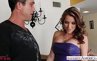 Comely babe Courtney Cummz gets big jugs fucked